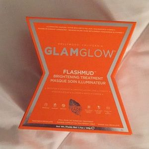 GLAMGLOW FLASHMUD BRIGHTENING TREATMENT ✨